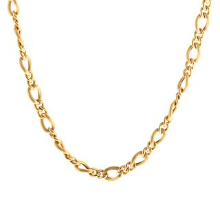 An 18K Ribbed Link Long 34 Inch Gold Chain