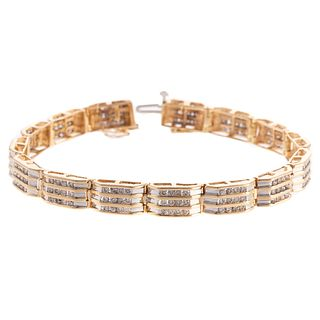 A Three Channel Link Diamond Bracelet in 14K