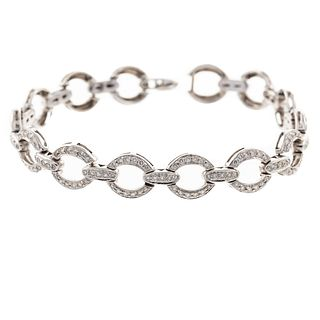 An Open Circle Diamond Link Bracelet in 18K