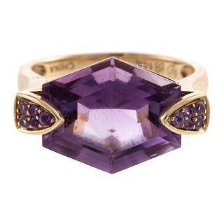 A Fancy Cut Amethyst Ring in 14K Yellow Gold