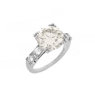 4.38ct Diamond and Platinum Ring