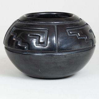 Margaret Tafoya Burnished Pottery Vase