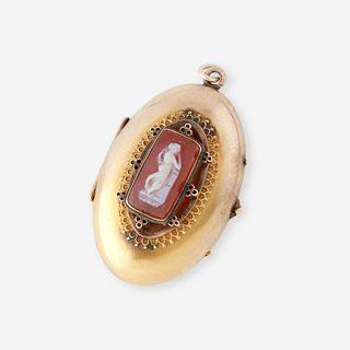 A Victorian low karat and cameo locket,