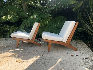 Hans Wegner - GE 370 - Lounge Chairs