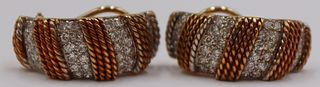 JEWELRY. Pair of 18kt Gold and Diamond Earrings.
