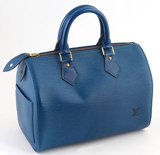 Louis Vuitton Blue Epi Leather 25 Speedy Handbag, with golden brass hardware, opening to a blue suede interior with small pocket and key ring holder,