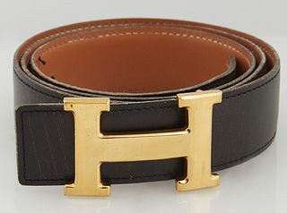 Hermes Constance Black Leather Belt, with gold-tone 'H' buckle and hook closure at front, L.- 41 1/2 in.