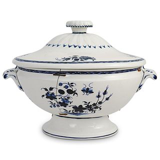 Tournai (Belgium, 18th Cent.) Porcelain Tureen