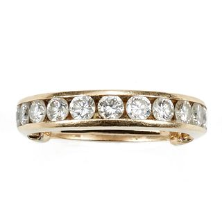 14K Yellow Gold Wedding Band w/ 11 Diamonds
