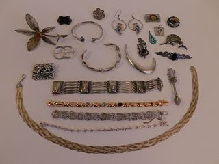 LOT ASSORTED SILVER JEWELRY