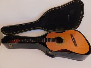 GIBSON C-1 ACOUSTIC GUITAR