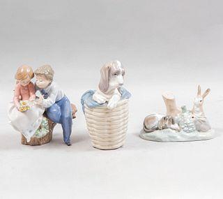 Lote de 3 figuras decorativas. España. Ca. 1960, 1970 y 1989. Elaboradoras en porcelana Lladró. Acabado brillante.