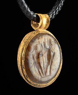 Roman Gold & Stone Intaglio Pendant w/ Figures
