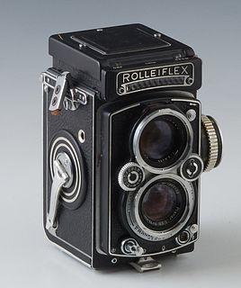 Vintage German Rolleiflex 2 1/4 inch square Camera Planar 1:3.5 Focal , Franke & Heidecke, Braunschweig. Synchro-Compur, coupled light meter. 1785780.