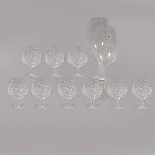 Lote de 11 copas. Diferentes orígenes. Siglo XX. Diferentes diseños. Elaboradas en cristal. Algunos marca Zwiesel.
