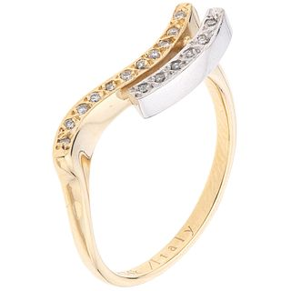 14K YELLOW AND WHITE GOLD RING WITH DIAMONDS 17 Brilliant cut diamonds ~0.11 ct. Weight: 3.7 g. Size: 7 ¼