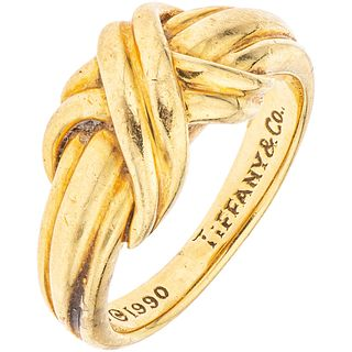 RING IN 18K YELLOW GOLD Weight: 6.1 g. Size: 5 ½