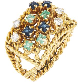 RING WITH EMERALDS, SAPPHIRES AND DIAMONDS IN 18K YELLOW GOLD 4 emeralds, 4 sapphires, 4 diamonds. Size: 6 ½