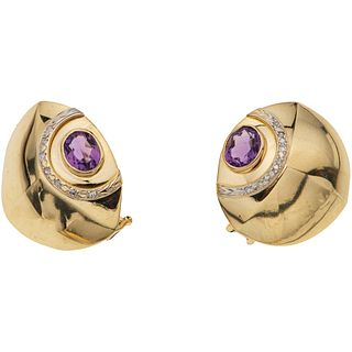 PAIR OF EARRINGS WITH AMETHYSTS AND DIAMONDS IN 14K YELLOW GOLD 2 Oval cut amethysts ~3.20 ct, 14 8x8 cut diamonds ~0.14 ct