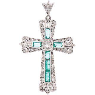 CROSS WITH EMERALDS AND DIAMONDS IN PALLADIUM SILVER 6 Rectangular cut emeralds ~1.20 ct, 34 8x8 and briliant cut diamonds
