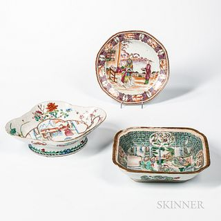 Three Pieces of Chinese Export Porcelain,early 19th century
