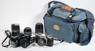 CAMERA OUTFIT IN BAG
