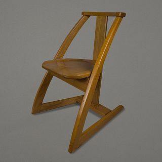 Silla en madera de cedro rojo / Red cedar wood chair