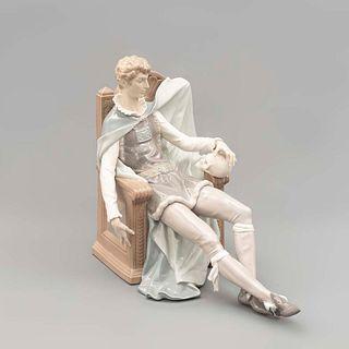 Hamlet. España. Siglo XX. Elaborado en porcelana Lladró Acabado brillante. 31 x 39 x 17 cm