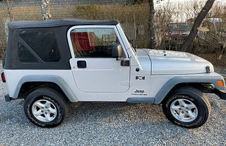 2006 Gray Jeep Wrangler X with 10,821 Miles
