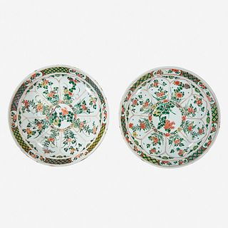 Two similar Chinese famille verte-decorated porcelain large dishes Kangxi period, 17th Century