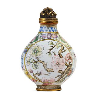 A CHINESE BRONZE ENAMEL 'FLORAL' SNUFF BOTTLE