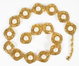 Chanel Gold-Tone Metal And Faux Pearl Link Belt