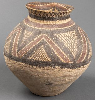 Chinese Neolithic Period Pottery Vessel