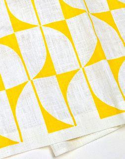 Linen Tea Towel / Yellow