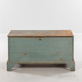 Powder Blue-painted Six-board Blanket Chest