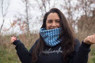 Blue and White Triangle Cowl