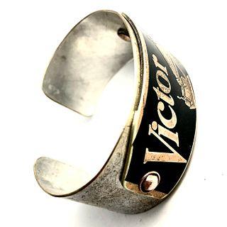 """Victor Cuff Bracelet - With """"Nipper"""""""