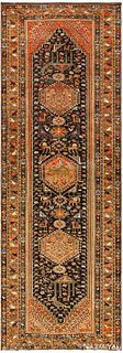 ANTIQUE PERSIAN QASHQAI RUG. 9 ft 8 in x 3 ft 5 in (2.95 m x 1.04 m)
