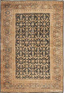 ANTIQUE PERSIAN SULTANABAD RUG. 12 ft 3 in x 8 ft 8 in (3.73 m x 2.64 m)