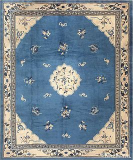 ANTIQUE CHINESE RUG. 10 ft x 8 ft (3.05 m x 2.44 m)