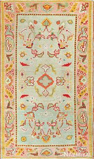 ANTIQUE TURKISH OUSHAK RUG. 5 ft 3 in x 3 ft 2 in (1.6 m x 0.97 m)