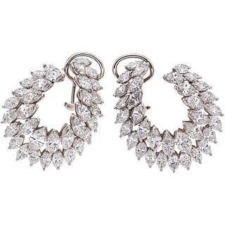 PAIR OF EARRINGS WITH DIAMONDS IN PLATINUM with 68 marquise cut diamonds ~8.80 ct. Weight: 15.0 g