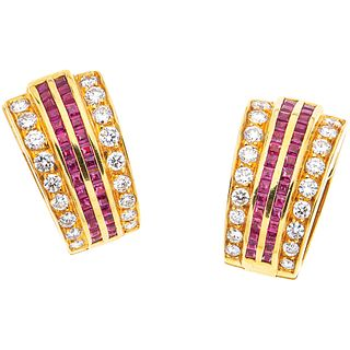 PAIR OF EARRINGS WITH RUBIES AND DIAMONDS IN 18K YELLOW GOLD with 60 square cut rubies~0.90 ct and 36 brilliant cut diamonds~1.36 ct