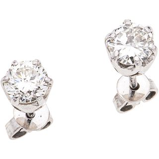 PAIR OF STUD EARRINGS WITH GIA CERTIFIED DIAMONDS IN 14K WHITE GOLD 2 brilliant cut diamonds ~1.16 ct Clarity: I1 and SI1