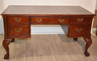 Hekman Chippendale Ball and Claw Leathertop Desk