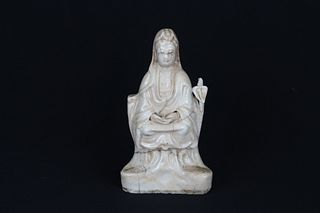 Antique Chinese Dehua Porcelain Seated Guanyin