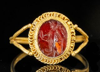 Roman 22K+ Gold & Carnelian Intaglio Ring - 3.5 g