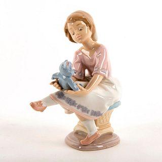 Best Friend 1007620 - Lladro Porcelain Figure