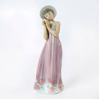 Cindy 1005646 - Lladro Porcelain Figurine