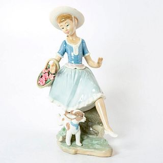 Country Lass with Dog 1004920 - Lladro Porcelain Figurine